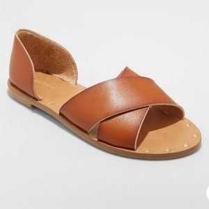 FINAL PRICE Universal Thread Sandals